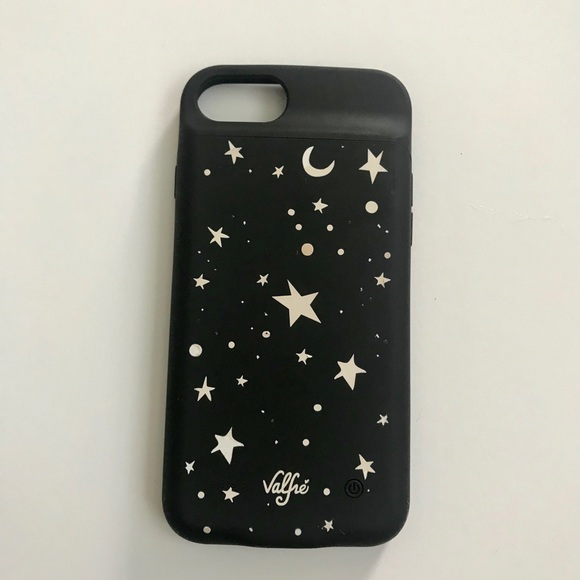 super cute 68ddf 4084e Charging phone case